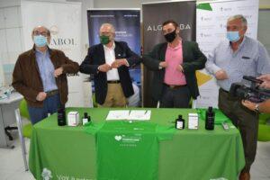 Los AOVEs Algaraba ecológicos, de Oleo Vidabol, patrocinan los proyectos de la AECC de Ciudad Real